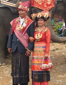 Adat Batak Karo 234x300 Pakaian Tradisional Nusantara II (Sumatera)